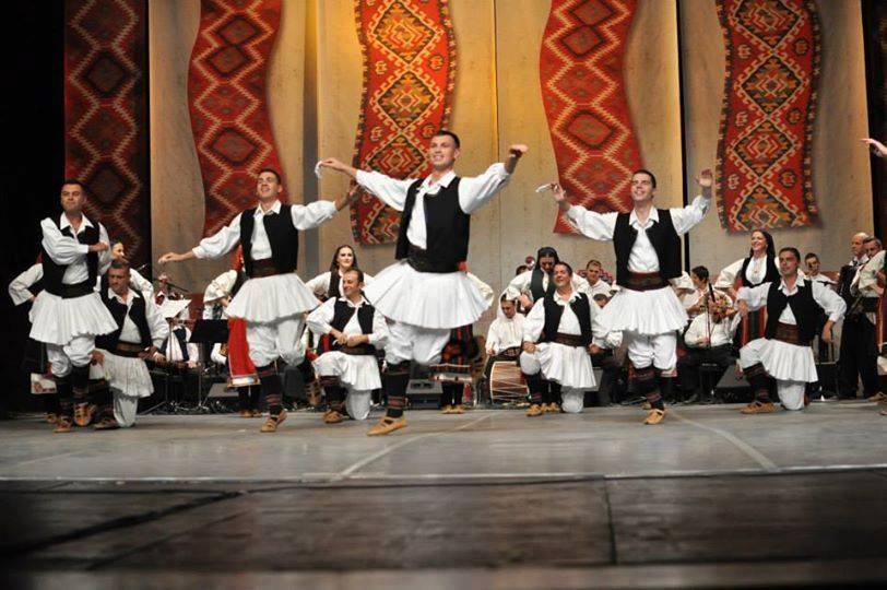 You are currently viewing Велигденски концерт на Ансамблот за народни песни и игри на Македонија – ТАНЕЦ